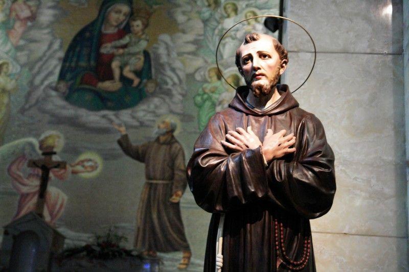 statua santo_800x533