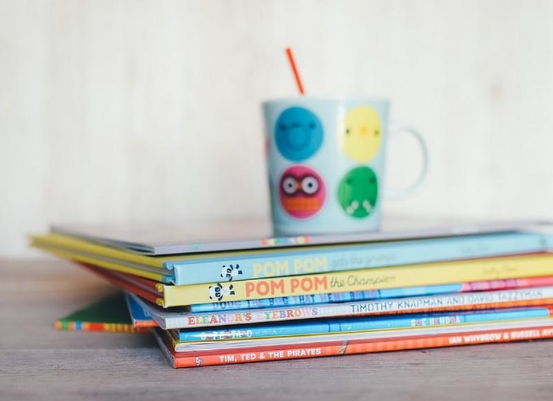 childrens-books-1246675_640_800x580