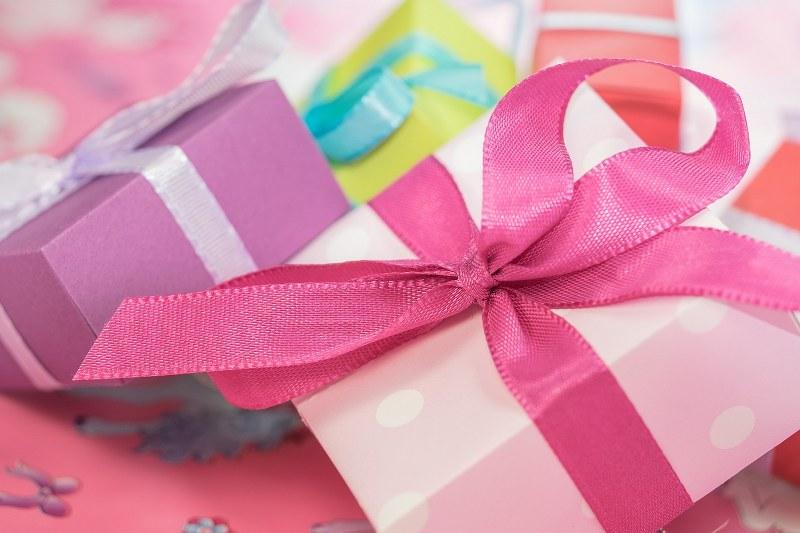 compleanno-festoni-addobbi_800x533
